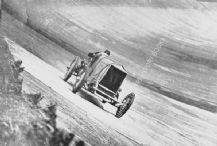 Leyland Thomas Special. Parry Thomas at speed Brooklands 1925